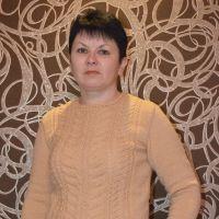 Вязаный спицами свитер – работа Ирины Стильник