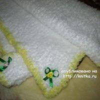 Вязаный спицами детский плед – работа Марии Гнедько