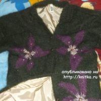Вязаное спицами пальто – работа Оксаны
