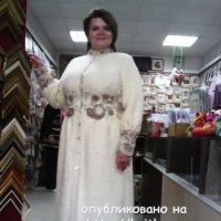Вязаное спицами пальто – работа Анастасии