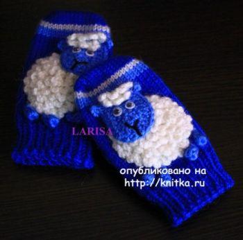 Варежки детские Веселые овечки – работа Ларисы Величко. Вязание спицами.