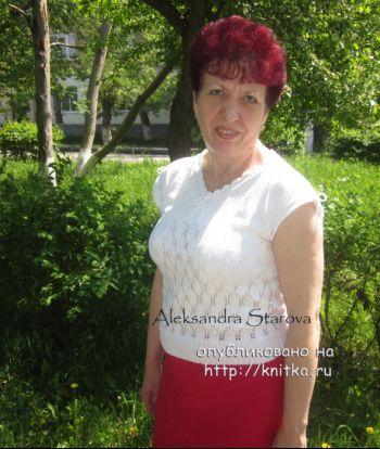 Летняя кофточка спицами – работа Александры Старовой. Вязание спицами.