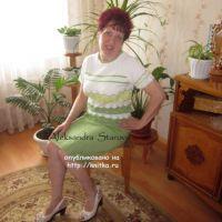 Летняя кофточка спицами – работа Александры Старовой