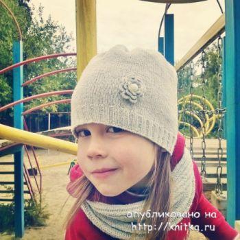 Вязаная шапка и снуд. Работа Anya. Вязание спицами.