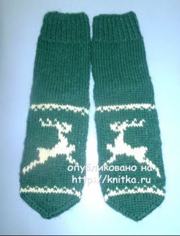 Носки с оленями. Работа Любови. Вязание спицами.