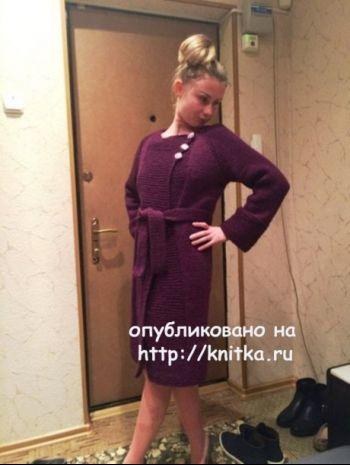 Вязаное пальто. Работа Натальи. Вязание спицами.
