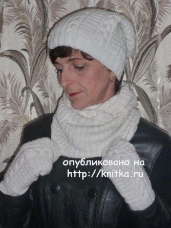 Шапочка, снуд и варежки спицами. Работы Марины Ефименко. Вязание спицами.