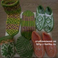 Носки с туркменским узором. Работы Фариды