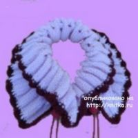 Вязаный спицами шарф. Работа Сауле Вагаповой