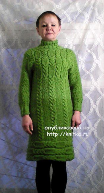 Женское платье. Работа Натальи Фадеевой. Вязание спицами.