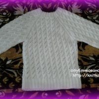 Вязаный свитер для девочки. Работа Марины Гололобовой