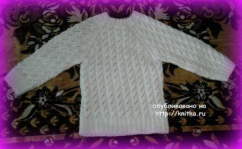 Вязаный свитер для девочки. Работа Марины Гололобовой. Вязание спицами.