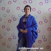 Вязаное спицами пальто. Работа Татьяны Ивановны