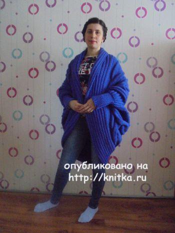 Вязаное спицами пальто. Работа Татьяны Ивановны. Вязание спицами.