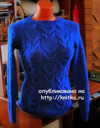 Синий джемпер спицами. Работа Марины Ефименко. Вязание спицами.
