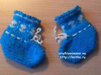 Детские носочки с орнаментом. Работа Ивановой Светланы. Вязание спицами.