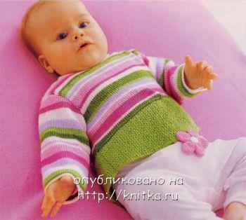 Полосатый пуловер с цветочком. Вязание спицами.