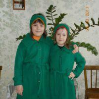 Кардиган для девочки спицами. Работа Валентины Кирсановой