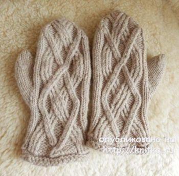Варежки спицами. Работа Елены Мерцаловой. Вязание спицами.
