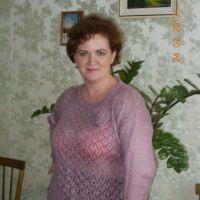 Женская кофточка спицами. Работа Валентины Кирсановой