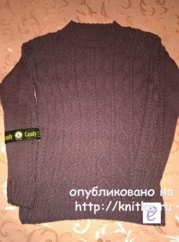 Мужской свитер спицами. Работа Веры Коваль. Вязание спицами.