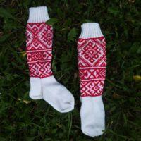 Носки спицами со славянским орнаментом