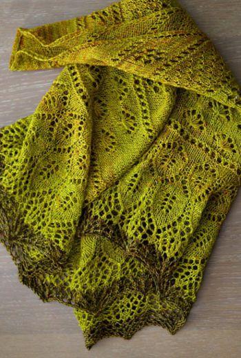 Шаль Осенний цветок. Вязание спицами.