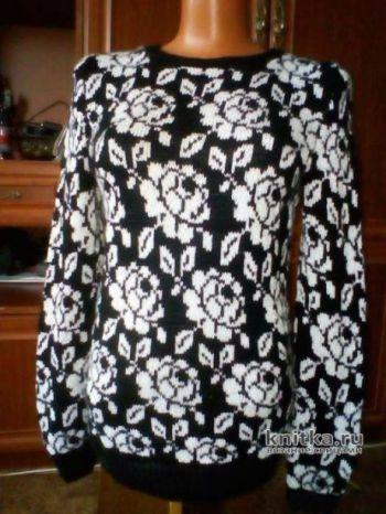 Женский жаккардовый пуловер. Работа Марины Ефименко. Вязание спицами.