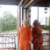 Женский костюм спицами. Работа Татьяны Ивановны
