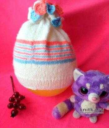 Весенняя шапочка для девочки спицами. Работа Ольги