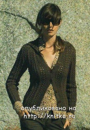 Жакет с ажурными полосами. Вязание спицами.