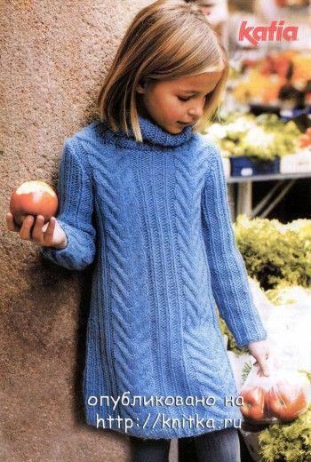 Теплое платье для девочки. Вязание спицами.
