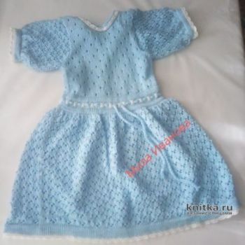 Платье и панама для девочки спицами. Работа Ивановой Людмилы