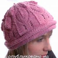 Сиреневая шапочка, связанная спицами