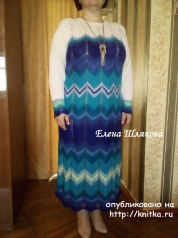 Женское платье спицами. Работа Елены Шляковой