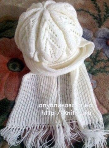 Берет и шарф спицами, работы Валентины