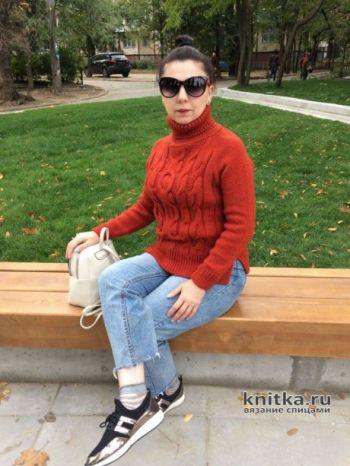 Женский свитер спицами Красный кирпич (с узором косы)