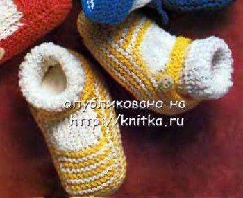 Желтые туфельки – пинетки. Вязание спицами.