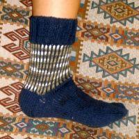 Вязание цветных носков на двух спицах