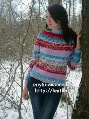 Жаккардовый свитер женский, связан спицами
