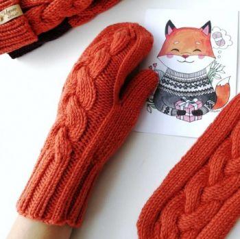 Яркие красивые рукавицы спицами, бесплатное описание