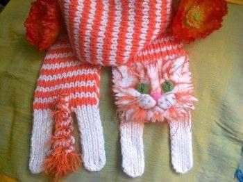 Вязаный шарф Котик. Вязание спицами.