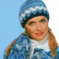 Полосатый шарф спицами с зигзагообразным узором