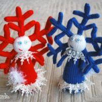 Девочка – снежинка, связанная спицами