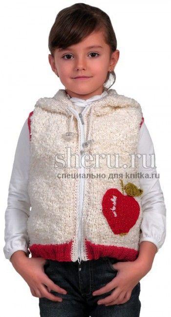 Жилет с капюшоном для девочки, связанный спицами