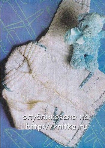 Белый жакет для малыша. Вязание спицами.