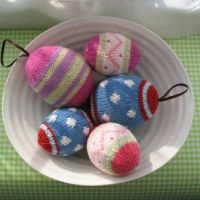Вязание спицами: яйца для Пасхи