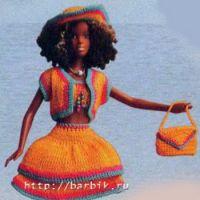 Вязаный комплект для куклы Барби