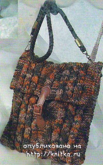 Коричневая сумка из меланжевой пряжи. Вязание спицами.
