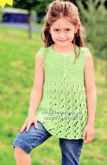 Зеленое платье-сарафан. Вязание спицами.